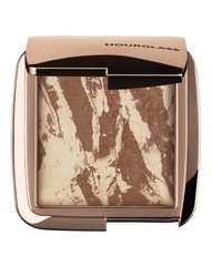 HOURGLASS Ambient Lighting Bronzer Diffused Bronze Light — бронзер з делікатним сяянням